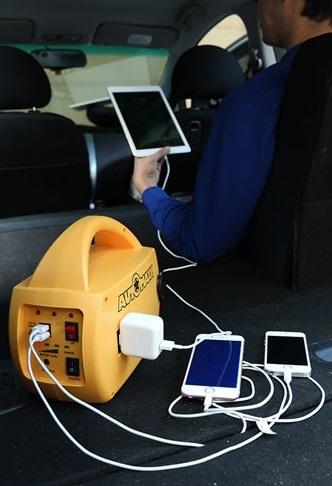 ポータブル電源スマホ、タブレット充電